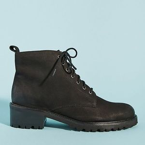 NWT. Liendo by Seychelles Hiker Boots SIZE 8